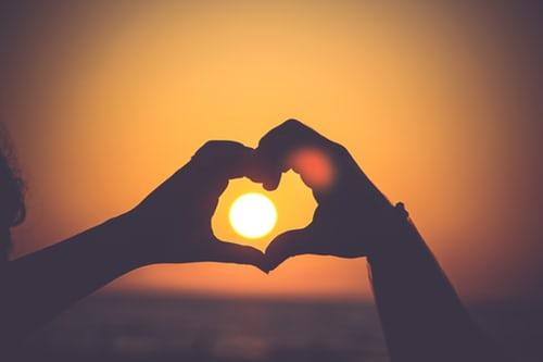 ความเชื่อที่ 5 การเรียนรู้ที่จะยอมรับเพื่อรักษาความสัมพันธ์ทุกๆเรื่อง
